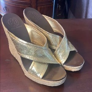 Tory Burch Kristen leather Gold Metallic Wedge 9
